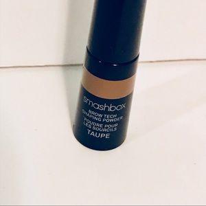 Smashbox Makeup - Smashbox Brow Tech Shaping Powder - Taupe